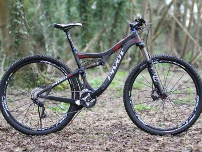 Pivot Cycles Mach 429 Carbon  2014 Mountain Bike Review