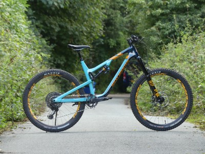 Rocky Mountain Bicycles Altitude Carbon 70 2019 Mountain Bike Review