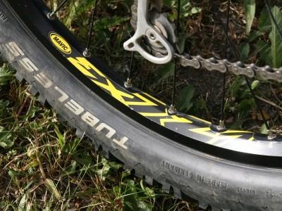 Hope Technology Pro 2 on Mavic 721 Wheelset 2010 Mountain Bike Review