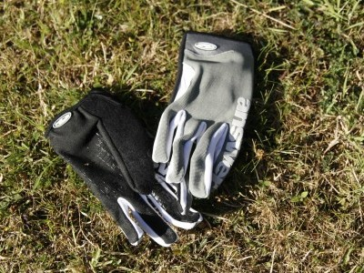Answer Products Fall Line XC Gloves  2010 Mountain Bike Review