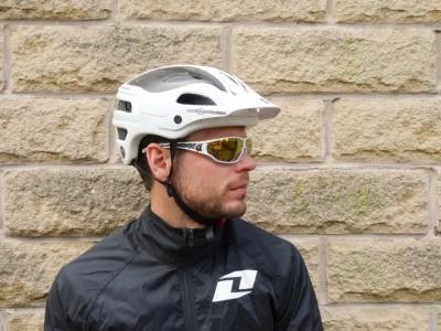 Sweet Protection Bushwaker Carbon MIPS 2016 Mountain Bike Review