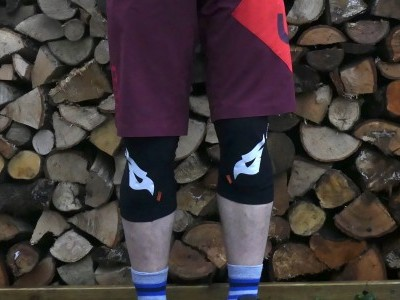 Bluegrass SKINNY D3O Knee Pads 2018 Mountain Bike Review