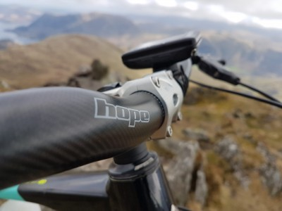 Hope Technology Carbon Bar and AM/Freeride Stem 2019 Mountain Bike Review