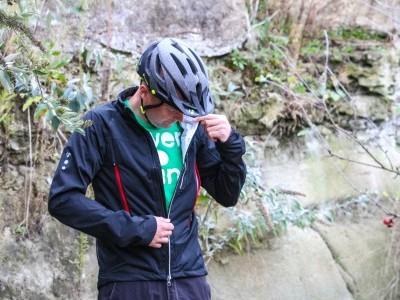 Bontrager Evoke Storm Shell  2015 Mountain Bike Review