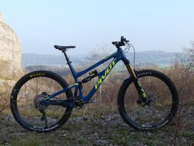 Pivot Cycles Firebird 29 2019 Mountain Bike Review