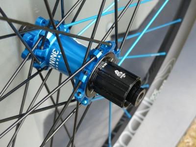 Industry Nine Enduro 305 Wheelset 2019 Mountain Bike Review