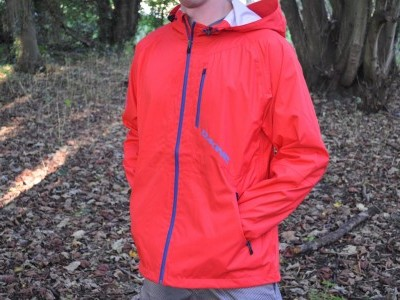 Dakine Men's Blitz Jacket  2012 Mountain Bike Review