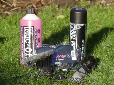 Muc Off 8-in-1 Bicycle Cleaning Kit 2018 Mountain Bike Review