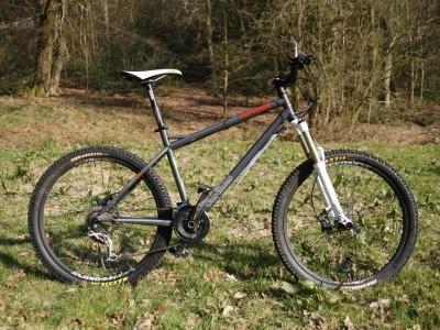 Genesis Bikes Alpitude  2010 Mountain Bike Review