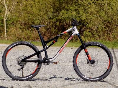 Rocky Mountain Bicycles Altitude Carbon 50 2017 Mountain Bike Review