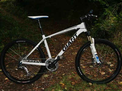 Giant Bicycles XTC 2  2009 Mountain Bike Review