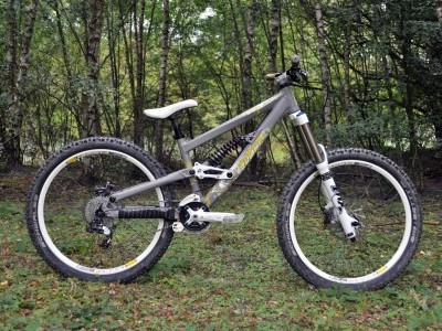 Scott Bicycles Voltage FR 10  2012 Mountain Bike Review