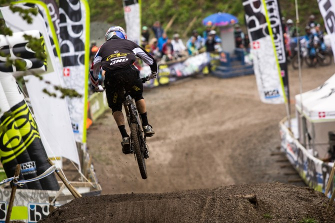 Mountain Bike News - Gee Atherton wins at iXS Dirt Masters Festival