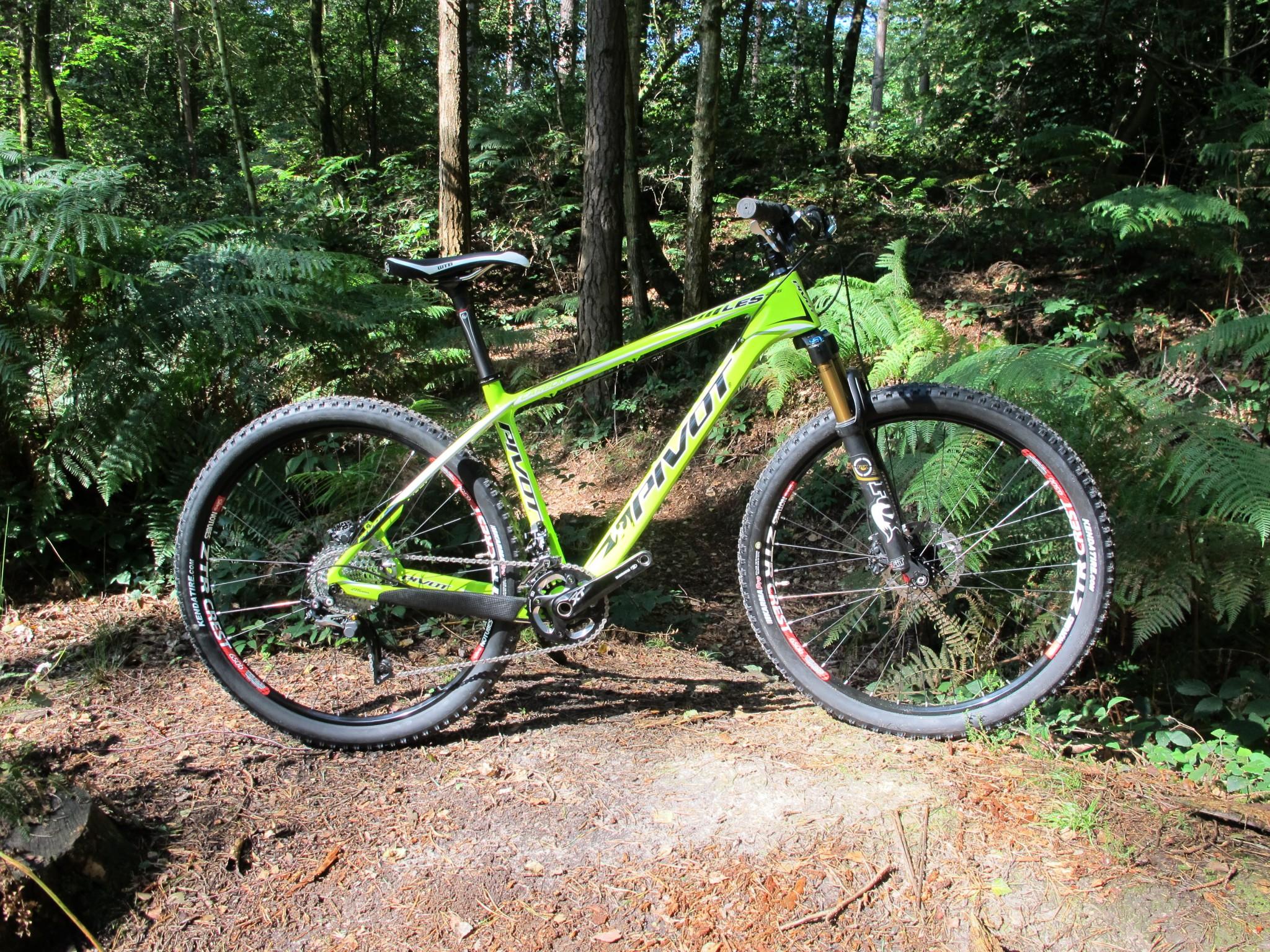 Pivot Cycles LES 27 5 2015   Mountain Bike Reviews » Bikes » XC